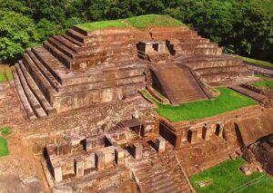 ruinas del Tazumal en El Salvador